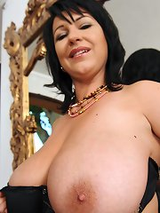 Raven haired Kora and a happy dildo